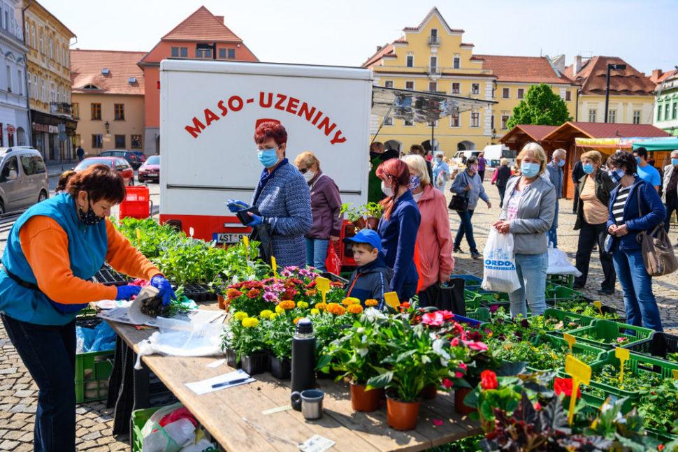 Farmářské trhy vŽatci